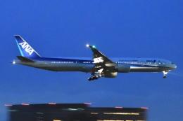 木人さんが、成田国際空港で撮影した全日空 777-381/ERの航空フォト(飛行機 写真・画像)