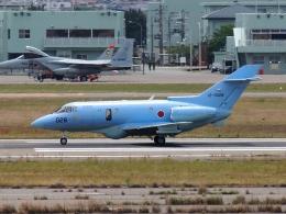 FT51ANさんが、小松空港で撮影した航空自衛隊 U-125A(Hawker 800)の航空フォト(飛行機 写真・画像)
