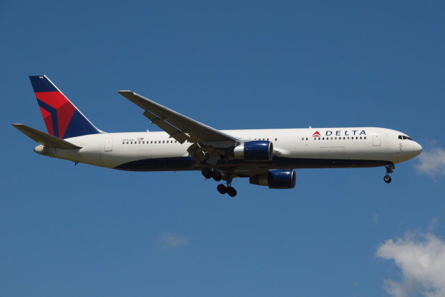 Deepさんが、成田国際空港で撮影したデルタ航空 767-332/ERの航空フォト(飛行機 写真・画像)