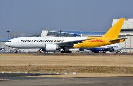 サンドバンクさんが、成田国際空港で撮影したサザン・エア 777-FZBの航空フォト(飛行機 写真・画像)