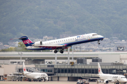 JA1118Dさんが、伊丹空港で撮影したアイベックスエアラインズ CL-600-2C10 Regional Jet CRJ-702の航空フォト(飛行機 写真・画像)