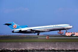 パール大山さんが、羽田空港で撮影した全日空 727-281の航空フォト(飛行機 写真・画像)