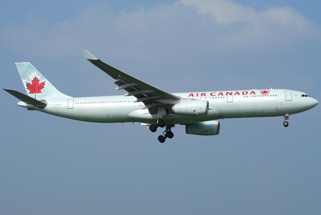 jun☆さんが、成田国際空港で撮影したエア・カナダ A330-343Xの航空フォト(飛行機 写真・画像)