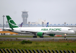 雲霧さんが、成田国際空港で撮影したアジア・パシフィック・エアラインズ 757-230(PCF)の航空フォト(飛行機 写真・画像)