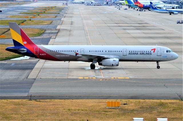 amagoさんが、関西国際空港で撮影したアシアナ航空 A321-231の航空フォト(飛行機 写真・画像)