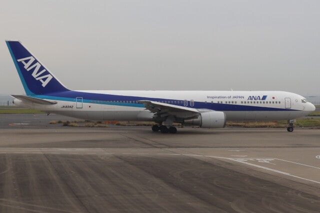BOEING737MAX-8さんが、羽田空港で撮影した全日空 767-381の航空フォト(飛行機 写真・画像)