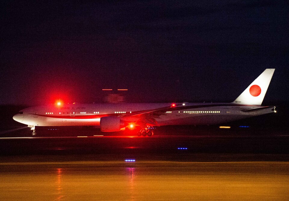 Cygnus00さんの航空自衛隊 Boeing 777-300 (80-1111) 航空フォト