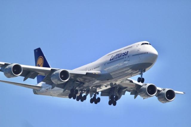 mahiちゃんさんが、羽田空港で撮影したルフトハンザドイツ航空 747-230BMの航空フォト(飛行機 写真・画像)
