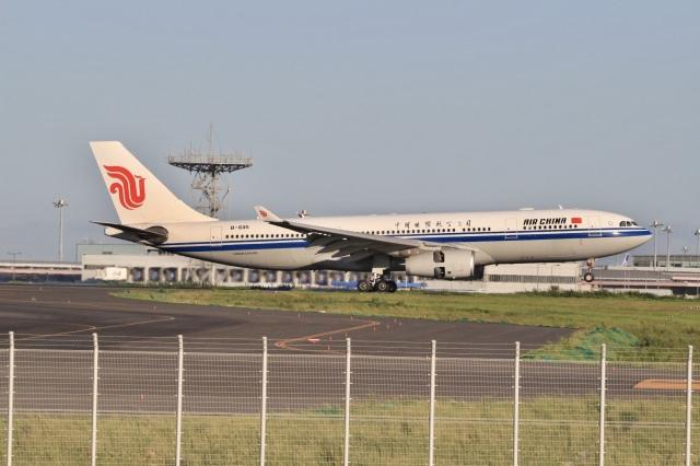 mahiちゃんさんが、羽田空港で撮影した中国国際航空 A330-243の航空フォト(飛行機 写真・画像)