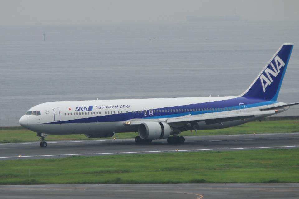Hiro-hiroさんの全日空 Boeing 767-300 (JA602A) 航空フォト