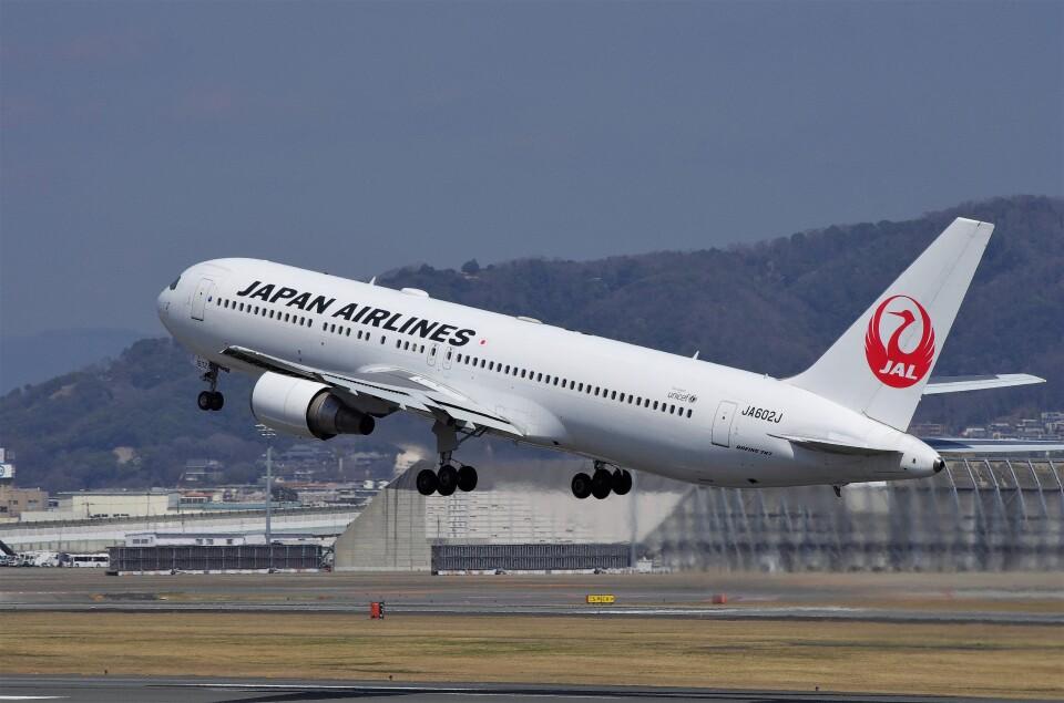 mild lifeさんの日本航空 Boeing 767-300 (JA602J) 航空フォト