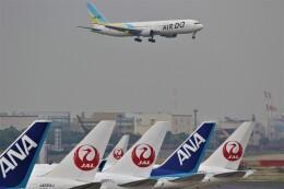 電車の運転士さんが、羽田空港で撮影したAIR DO 767-381/ERの航空フォト(飛行機 写真・画像)