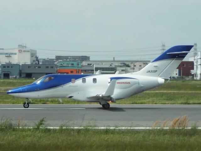 YaoRJOYさんが、八尾空港で撮影した日本個人所有 HA-420の航空フォト(飛行機 写真・画像)