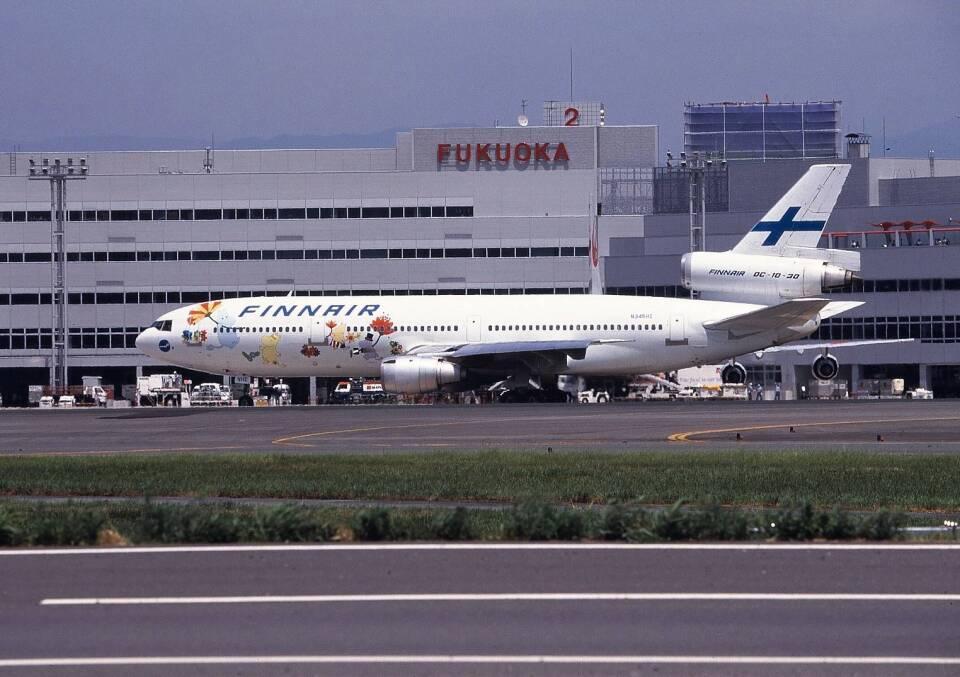 日本エアシステム McDonnell Douglas MD-80 (DC-9-80) JA8280 岡山空港 航空