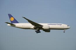 IMP.TIさんが、成田国際空港で撮影したルフトハンザ・カーゴ 777-FBTの航空フォト(飛行機 写真・画像)
