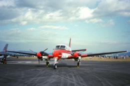チャーリーマイクさんが、浜松基地で撮影した海上自衛隊 B65 Queen Airの航空フォト(飛行機 写真・画像)