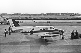チャーリーマイクさんが、徳島空港で撮影した海上自衛隊 B65 Queen Airの航空フォト(飛行機 写真・画像)