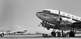 Y.Todaさんが、羽田空港で撮影した全日空 DC-3Aの航空フォト(飛行機 写真・画像)