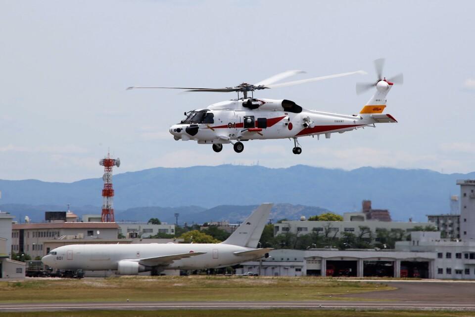 ハミングバードさんの三菱重工業 Mitsubishi SH-60L (JQ8501) 航空フォト