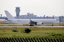 A350XWB-HNDさんが、成田国際空港で撮影したアビアスター 757-223(PCF)の航空フォト(飛行機 写真・画像)