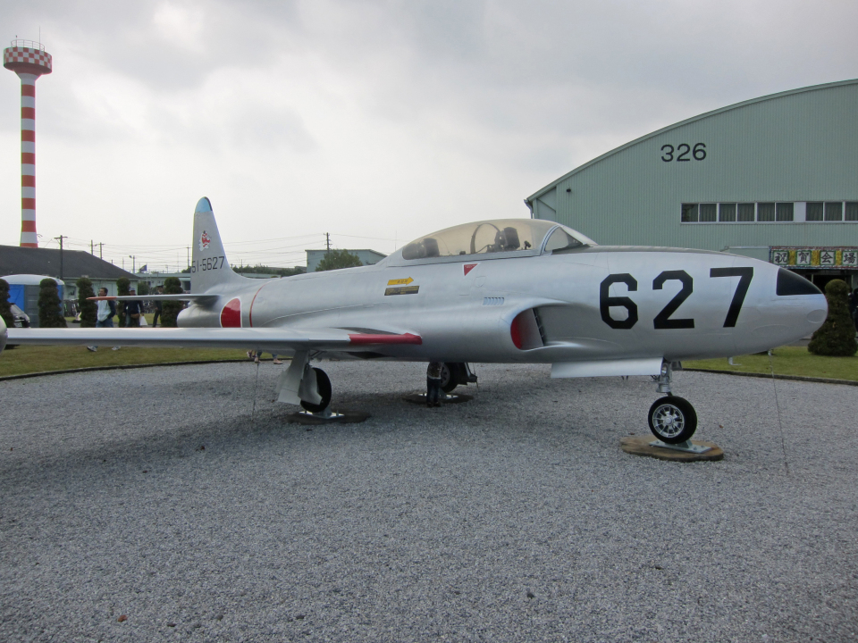 tsubameさんの航空自衛隊 Lockheed T-33 Shooting Star (51-5627) 航空フォト