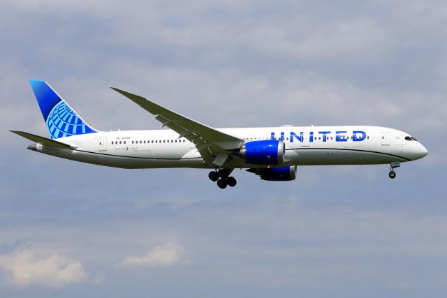 おっしーさんが、成田国際空港で撮影したユナイテッド航空 787-9の航空フォト(飛行機 写真・画像)