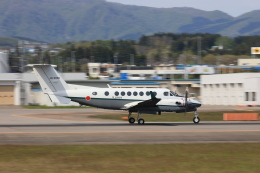 Tomochanさんが、函館空港で撮影した陸上自衛隊 LR-2の航空フォト(飛行機 写真・画像)