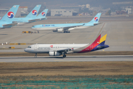tsubameさんが、仁川国際空港で撮影したアシアナ航空 A320-232の航空フォト(飛行機 写真・画像)