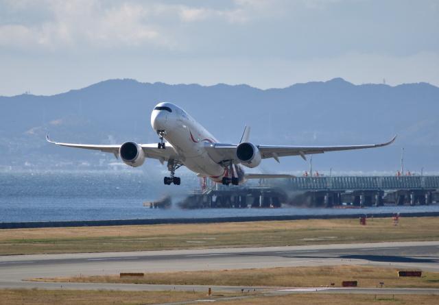 MOHICANさんが、関西国際空港で撮影したマレーシア航空 A350-941の航空フォト(飛行機 写真・画像)