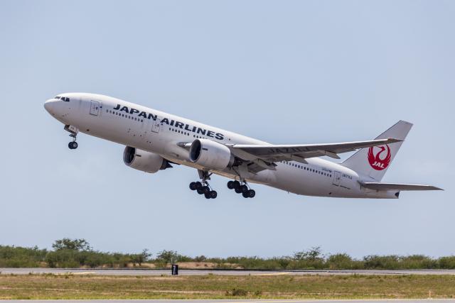 Y-Kenzoさんが、ダニエル・K・イノウエ国際空港で撮影した日本航空 777-246/ERの航空フォト(飛行機 写真・画像)