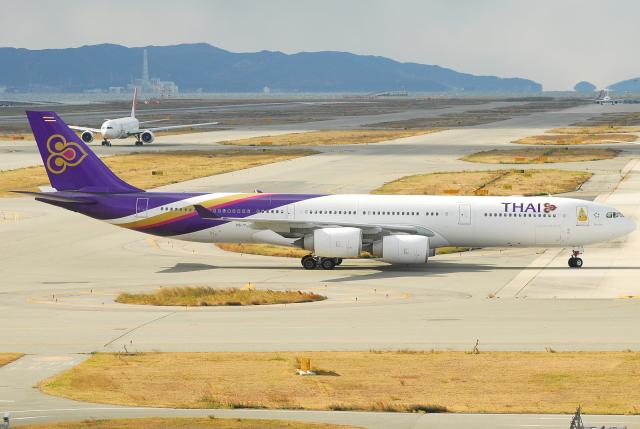 jun☆さんが、関西国際空港で撮影したタイ国際航空 A340-541の航空フォト(飛行機 写真・画像)
