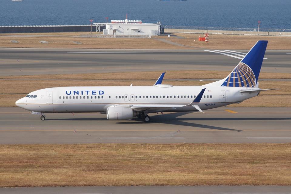 磐城さんのユナイテッド航空 Boeing 737-800 (N37298) 航空フォト