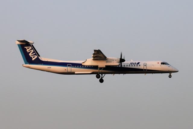 kan787allさんが、福岡空港で撮影したANAウイングス DHC-8-402Q Dash 8の航空フォト(飛行機 写真・画像)