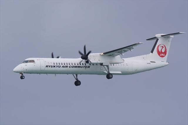 HEATHROWさんが、那覇空港で撮影した琉球エアーコミューター DHC-8-402Q Dash 8 Combiの航空フォト(飛行機 写真・画像)