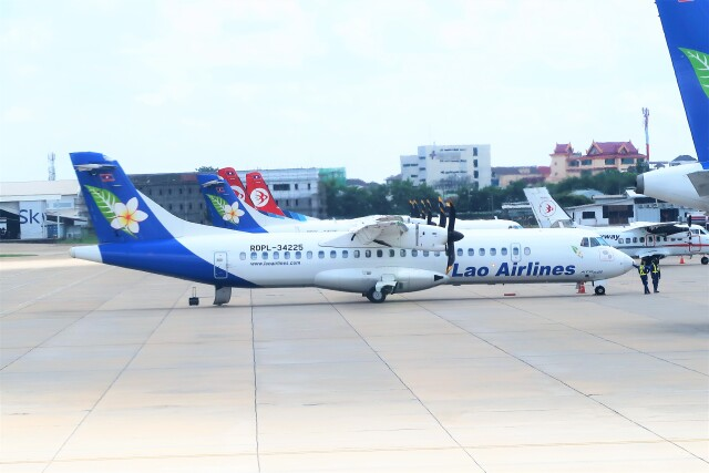 Hiro Satoさんが、ワットタイ国際空港で撮影したラオス国営航空 ATR-72-600の航空フォト(飛行機 写真・画像)