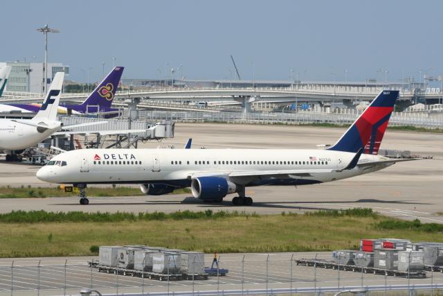NIKEさんが、関西国際空港で撮影したデルタ航空 757-251の航空フォト(飛行機 写真・画像)