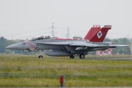 Tomo-Papaさんが、厚木飛行場で撮影したアメリカ海軍 F/A-18F Super Hornetの航空フォト(飛行機 写真・画像)