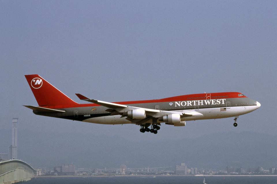 Gambardierさんのノースウエスト航空 Boeing 747-400 (N662US) 航空フォト