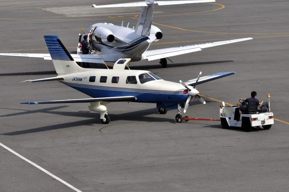 Gambardierさんの日本法人所有 Piper PA-46 Malibu (JA34NM) 航空フォト