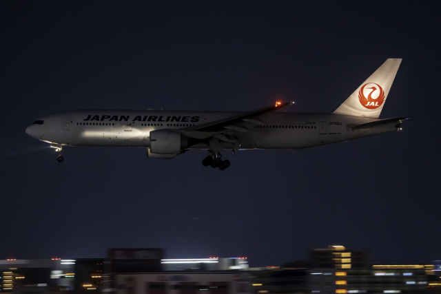 K.Sさんが、福岡空港で撮影した日本航空 777-246/ERの航空フォト(飛行機 写真・画像)