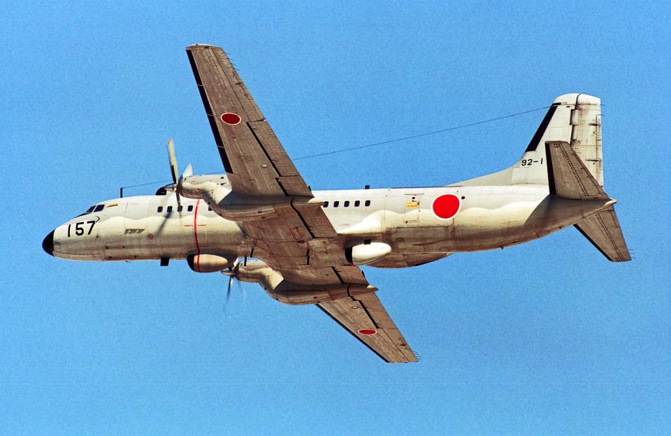 A-330さんの航空自衛隊 NAMC YS-11 (92-1157) 航空フォト