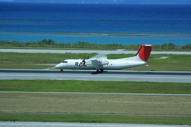 t.anrakuさんが、那覇空港で撮影した琉球エアーコミューター DHC-8-314 Dash 8の航空フォト(飛行機 写真・画像)
