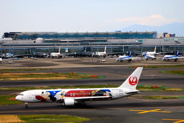 Galaxybirdさんが、羽田空港で撮影した日本航空 767-346/ERの航空フォト(飛行機 写真・画像)