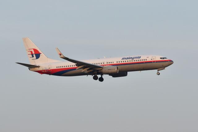 ポン太さんが、スワンナプーム国際空港で撮影したマレーシア航空 737-8FZの航空フォト(飛行機 写真・画像)