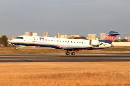 Gripen-YNさんが、伊丹空港で撮影したアイベックスエアラインズ CL-600-2C10 Regional Jet CRJ-702の航空フォト(飛行機 写真・画像)