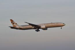 ポン太さんが、スワンナプーム国際空港で撮影したエティハド航空 777-3FX/ERの航空フォト(飛行機 写真・画像)