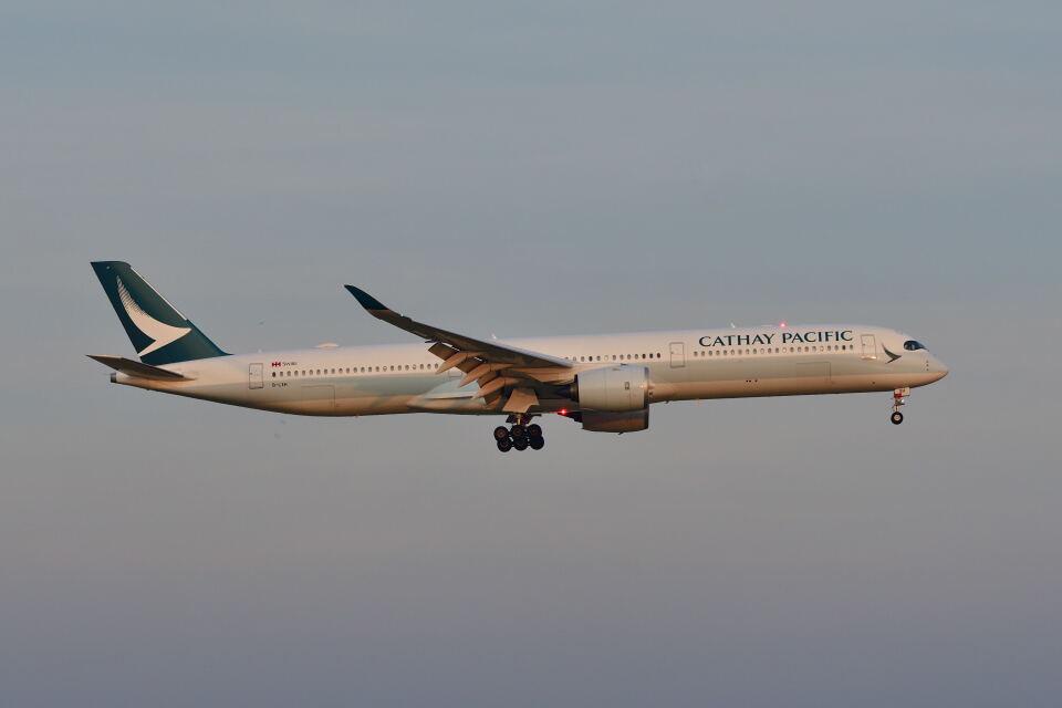 ポン太さんのキャセイパシフィック航空 Airbus A350-1000 (B-LXH) 航空フォト