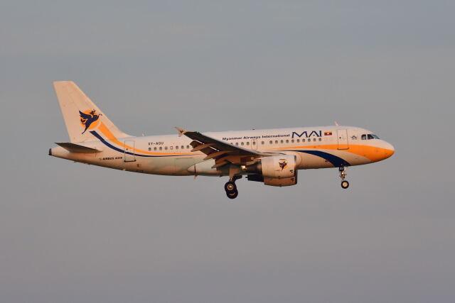 ポン太さんが、スワンナプーム国際空港で撮影したミャンマー国際航空 A319-111の航空フォト(飛行機 写真・画像)