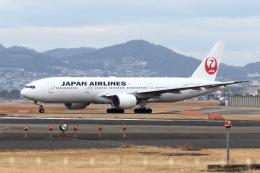 Gripen-YNさんが、伊丹空港で撮影した日本航空 777-289の航空フォト(飛行機 写真・画像)
