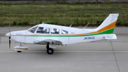cathay451さんが、神戸空港で撮影した日本個人所有 PA-28-161 Warrior IIの航空フォト(飛行機 写真・画像)